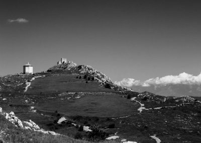 Rocca Calascio, Abruzzo, Italy, landscape photography, black and white, italian landscape photography